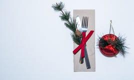 Tabell för kunglig person för infall för julmatställe dinning vit Royaltyfria Foton