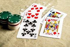 tabell för shotglass för poker för chipderringerlek Royaltyfri Fotografi
