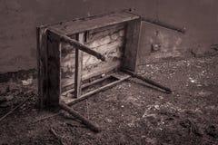 Tabella abbandonata fotografia stock libera da diritti