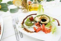 Tabella bianca elegante del pranzo fotografia stock