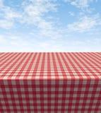 Tabella Checkered del panno Immagini Stock Libere da Diritti