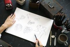 Tabella del marmo del nero della disposizione di schizzo dell'illustrazione della pittura del disegno Immagini Stock