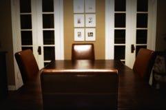 Tabella della sala da pranzo Fotografia Stock Libera da Diritti