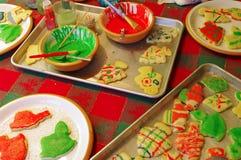 Tabella di lavoro dei biscotti di zucchero di natale Immagini Stock