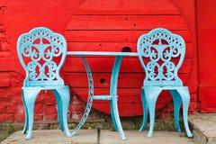 Tabella e sedie Fotografia Stock Libera da Diritti