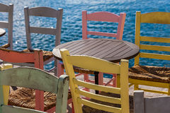 Tabella e sedie Fotografie Stock