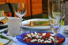 Tabella festiva con insalata Fotografia Stock Libera da Diritti