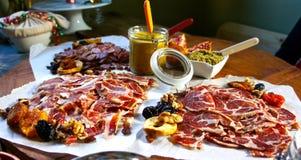 Tabella gastronomica festiva Fotografia Stock Libera da Diritti