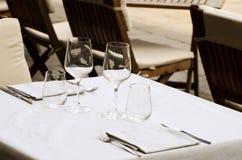 Tabella nel ristorante Fotografie Stock Libere da Diritti