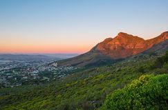 Tabellberg på solnedgången, Cape Town, Sydafrika arkivfoton