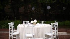 Tabelle al banchetto di nozze Decorazioni di nozze Nozze alla t video d archivio