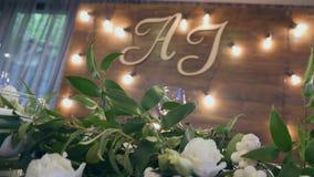 Tabelle al banchetto di nozze Decorazioni di nozze Fine in su video d archivio