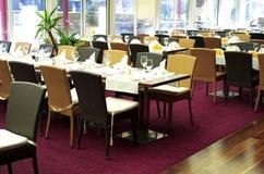 Tabelle del ristorante fotografie stock libere da diritti