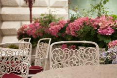 Tabelle in der Gaststätte Stockfoto