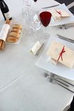 Tabelle in der Gaststätte Stockbild