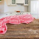 Tabelle in einer Küche Stockfotos