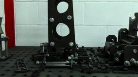 Tabelle für das Reparieren von Ersatzteilen stock video footage