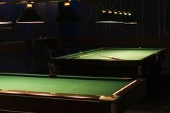 Tabelle für Spiel in den Billiarden lizenzfreie stockfotografie