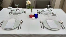 Tabelle für vier Leute Stockbilder