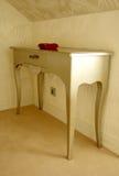 Tabelle im Schlafzimmer. Stockfoto