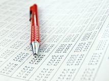 Tabelle mit Datenabbildungen Lizenzfreie Stockfotos