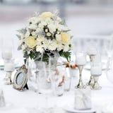Tabelle stellte für eine Ereignisparty oder -Hochzeitsempfang ein Stockbild