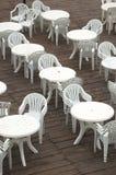 Tabelle und Stühle Lizenzfreie Stockbilder