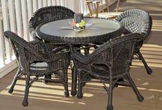 Tabelle und Stühle für Kinder Stockfoto