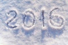 Tabellen 2016 auf glänzendem silbrigem Schnee Lizenzfreie Stockbilder