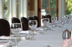 Tabelleneinstellung an der Hochzeit Stockbild