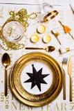 Tabelleneinstellung des neuen Jahres lizenzfreies stockfoto
