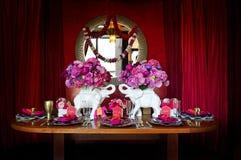 Tabelleneinstellung für indische Hochzeit Stockfoto