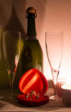 Tabelleneinstellung für Valentinsgrußtag Stockfotografie