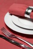 Tabelleneinstellung im Rot Stockfoto
