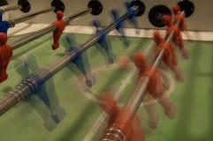 Tabellenfußball, Bewegungsunschärfe stockfoto
