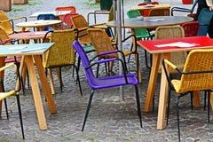 Tabeller och stolar Royaltyfria Foton