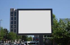 Tabellone per le affissioni in bianco all'aperto, pubblicità all'aperto Fotografia Stock Libera da Diritti