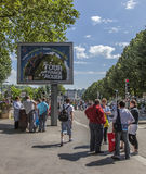 Tabellone per le affissioni durante il Tour de France di Le Fotografia Stock