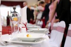 Tabelluppsättning för händelseparti eller bröllopmottagande Arkivfoto