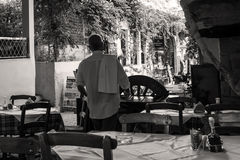 Taberna da rua na cidade velha de Chania Fotos de Stock