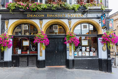 Taberna de Brodies del diácono en la milla real en Edimburgo, Escocia imagen de archivo libre de regalías