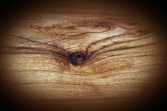Tablón de madera con el fondo del nudo Fotos de archivo libres de regalías
