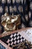 Tabla鼓、舞蹈家` s装饰品和Ganesha阁下 免版税库存照片