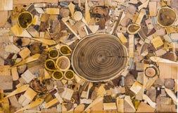 Tabla creativa con el material de madera Imagen de archivo