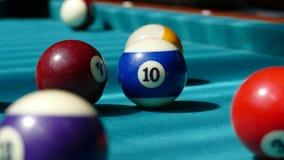 Tabla de billar con las bolas multicoloras 003 Imagen de archivo