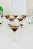 Tabla de comida fría con martini Imagen de archivo