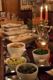 Tabla de comida fría deliciosa en una extensión de lujo del evento Imagenes de archivo