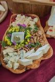 Tabla de comida fría de la boda imágenes de archivo libres de regalías