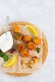 Tabla de cortar del plato del Falafel Imagen de archivo