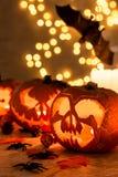 Tabla de Halloween con las linternas Fotos de archivo libres de regalías